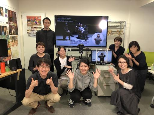 手話撮影チームの集合写真